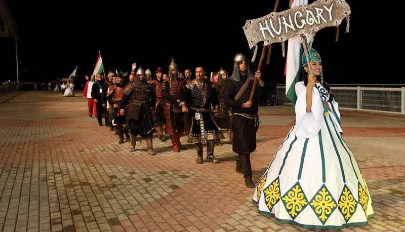 A magyar csapat bevonul a stadionba (Fotó: Vermes István archívuma)