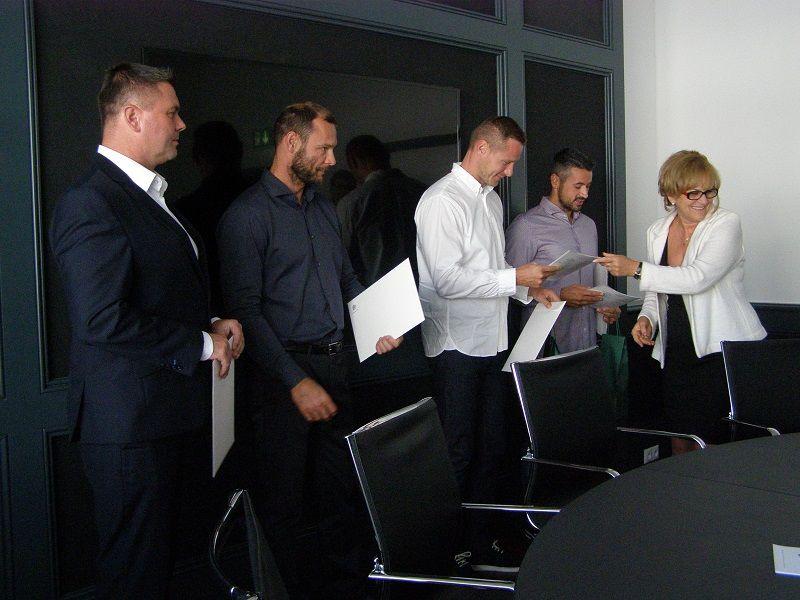 A nagykövet átadta a leveleket az olipikonoknak (Fotó: Tóth Ilona)