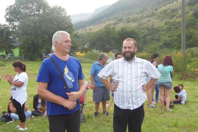 Borzy Bálint, a község polgármestere és André János, a közösség lelkésze (Fotó: BB)