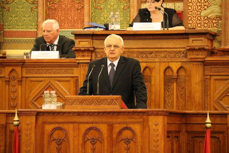 Dr. Latorcai János, az Országgyűlés alelnöke, a rendezvény fővédnöke (Fotó: Szinek János/Felvidék.ma)