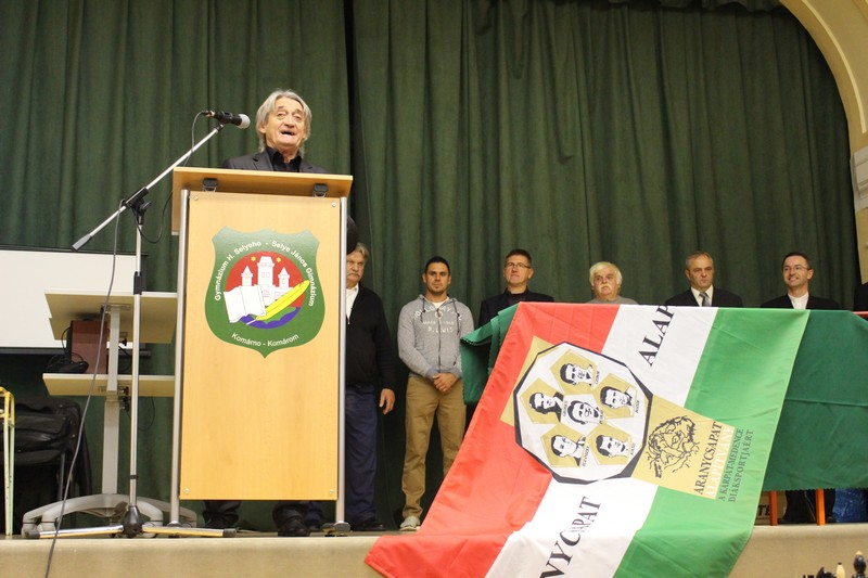 Kű Lajos beszéde közben (Fotó: Szalai Erika/Felvidék.ma)