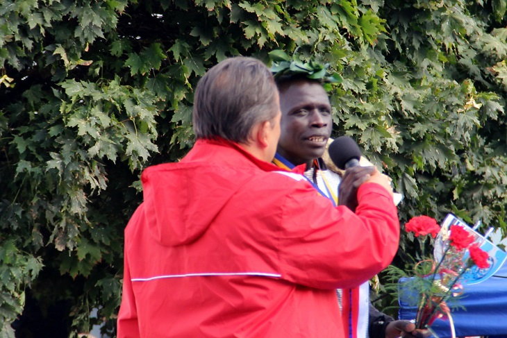 David Kemboi Kiyeng nyilatkozik (Fotó: Balassa Zoltán)