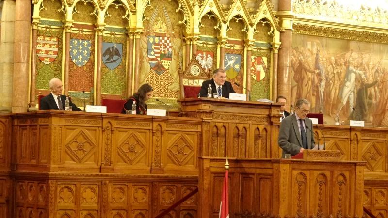 Kiss Gy. Csaba irodalomtörténész, egyetemi tanár (Fotó: Gecse Géza/Felvidék.ma)