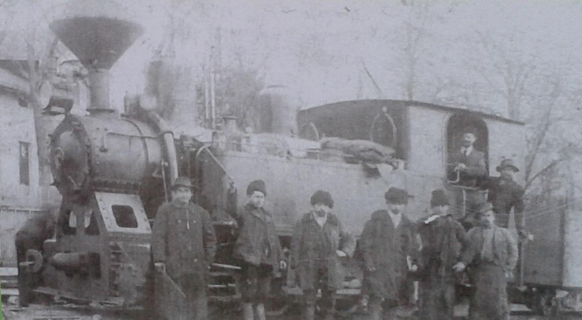 Az 1913-ban gyártott 6-os számú gőzmozdony.