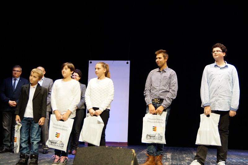 A rajzverseny díjazottjai (Fotó: Hideghéthy Andrea/Felvidék.ma)