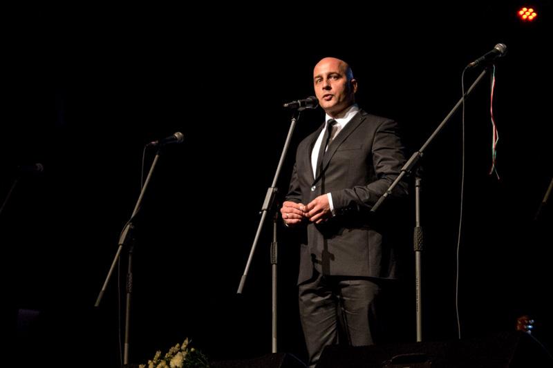 Menyhárt József, az MKP elnöke köszönti a vendégeket (Fotó: Hideghéthy Andrea/Felvidék.ma)