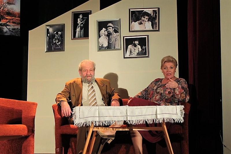 Feri és Judit szerepében Dráfi Mátyás és Kolti Helga (fotó: Danielovics Miklós)