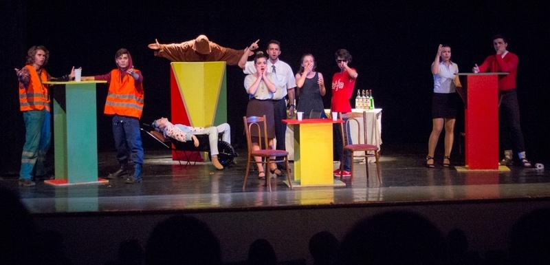 Az első este lépnek fel a rozsnyói színjátszók (Fotó: Kádek Péter)