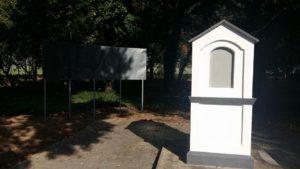 A felújított Koháry István-emlékmű az átadás előtt (Fotó: Lévai Szépítő Egyesület)