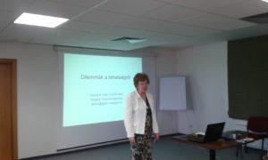 Mi is a tehetség, hogyan kell azt felismerni és gondozni? – feszegette előadásában Fáyné dr. Dombi Alice (Fotó: a szerző)
