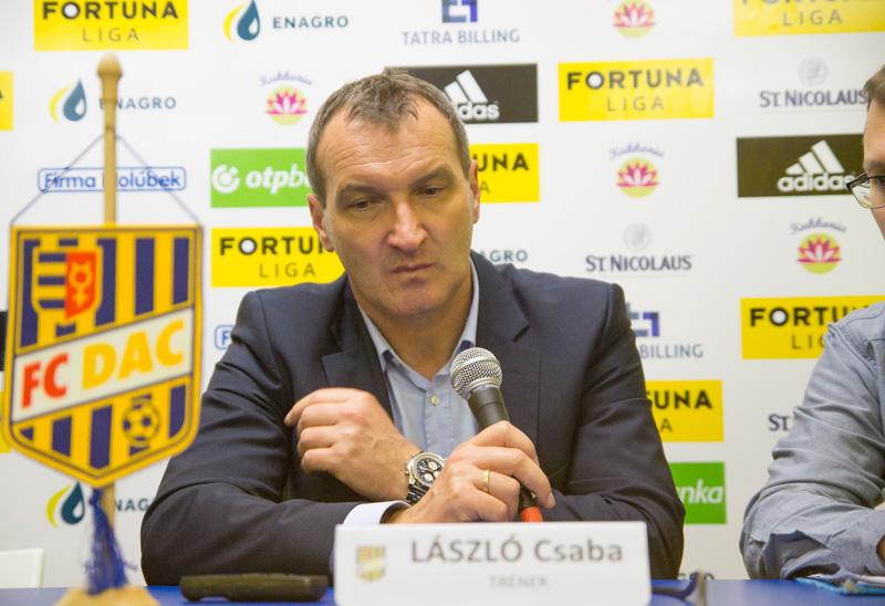 László Csaba a sajtótájékoztatón (Fotó: Hideghéthy/Felvidék.ma)