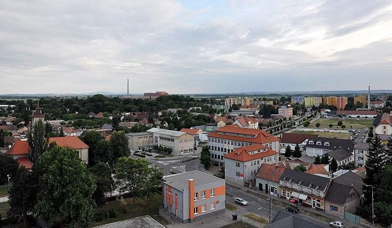 A városközpont (Kép: www.zeliezovce.sk)