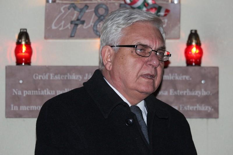 Duray Miklós szerint Esterházy János nemcsak a magyarok mártírja, éppúgy a szlovákoké, a lengyeleké, a cseheké és a zsidóké is (fotó: Szalai Erika/Felvidék.ma)