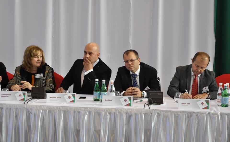 Czimbalmosné Molnár Éva, Menyhárt József, Őry Péter, Farkas Iván (Fotó: mkp.sk)