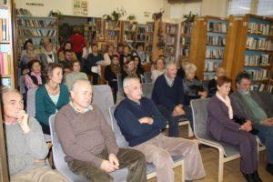 A közönség örömmel hallgatta a történeteket (Fotó: Pásztor Péter/Felvidék.ma)