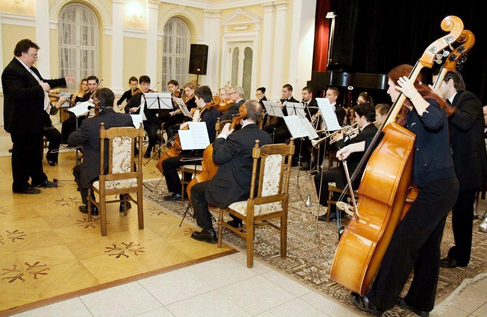 2012. november 24. A komáromi zenészek ünnepi hangversenye (Fotó: S.L. archívuma)