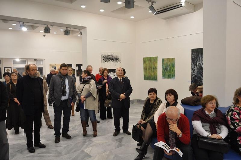 A megnyitó résztvevőinek egy csoportja (Fotó: Oriskó Norbert)