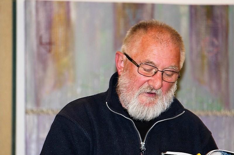 S. Csoma Sándor verseket olvasott fel (Fotó:Neszméri Tünde/Felvidék.ma)