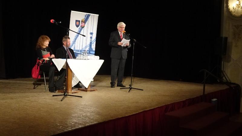 Duray Miklóst Surján László méltatta (fotó: Gecse Géza/Felvidék.ma)