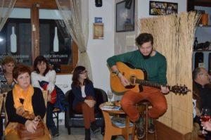 Kovács Krisztián gitárzott (Fotó: Nagy Erika)