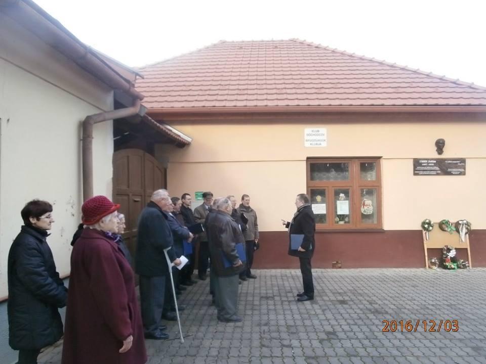 Koszorúzás Szepsiben (Fotó: Zborai Imre)