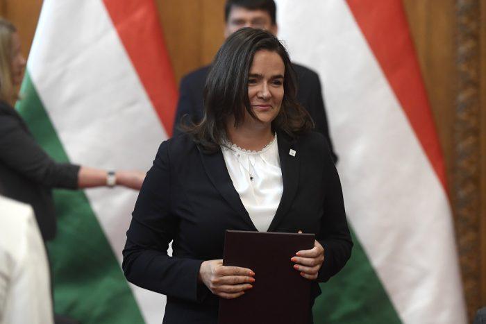 Novák Katalin: A Magyar államfő Kinevezte Az új Kormány államtitkárait