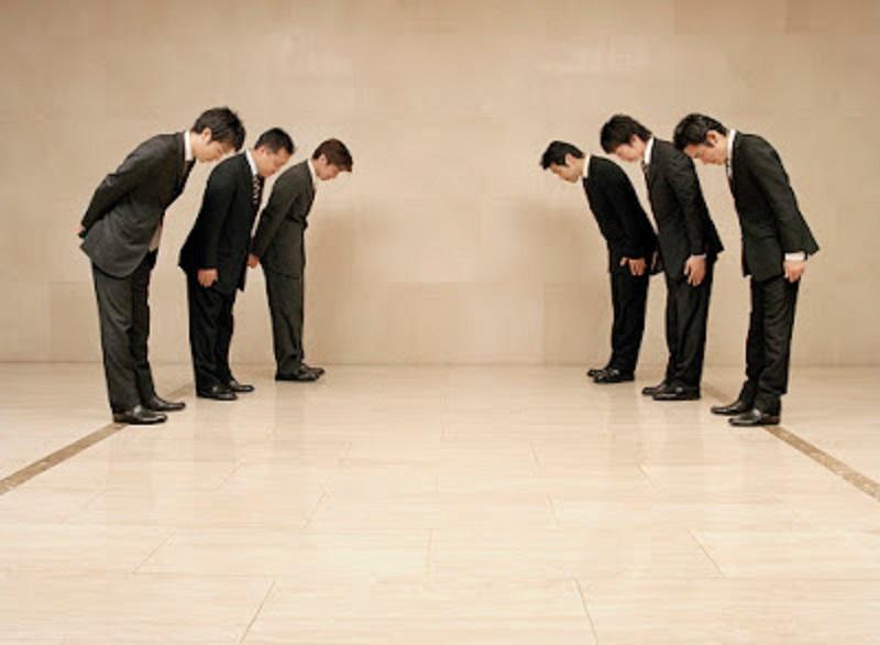 A tiszteletadás kultúrájáért – az udvariasságban is szüntelenül reformálódnunk kell